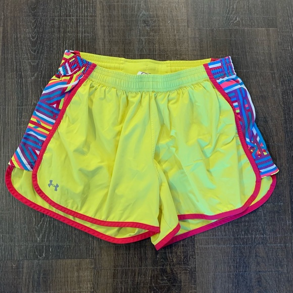 Under Armour Pants - UNDER ARMOUR YELLOW RUNNING SHORTS
